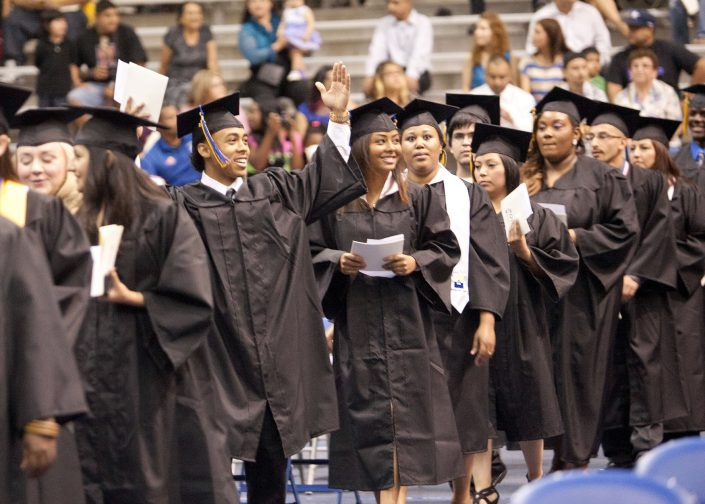 Gloria Nieto Photography Dallas Fort Worth - School Marketing Photo Graduation Tarrant County College School Graduation Portraits